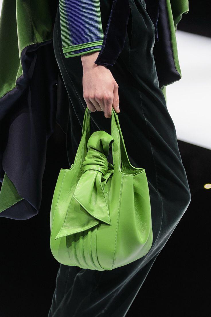 Bags Amp Handbag Trends Giorgio Armani At Milan Fashion
