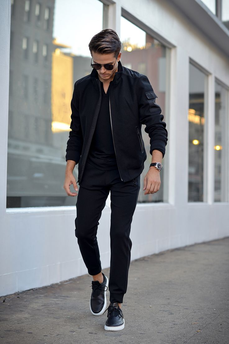 Casual wear for men is a real finding. Casual style appeared about thirty years ago. New American millionaires from the informal youth brought jeans and pants of .