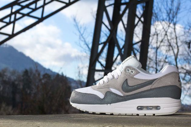 lowest price f18a5 a74d1 Trendy Ideas For Women s Sneakers   Nike Air Max 1 WMNS Essential ...