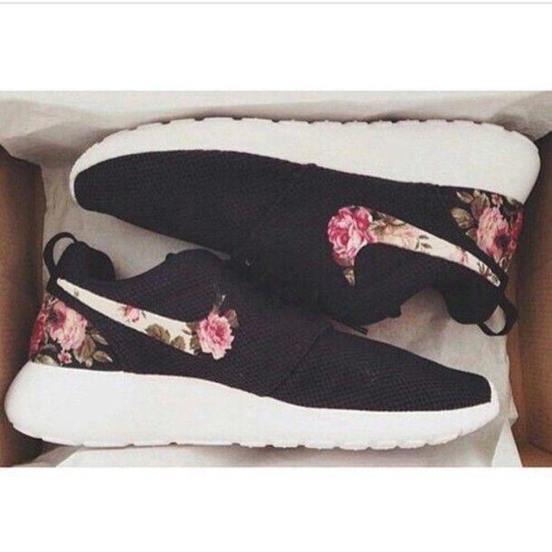 new arrivals 9b951 cb2e6 ... black white pink floral shoes summer roses rose roses 795b9 40bba  uk  denmark nike roshe run woman tumblr luxury b15bf b6b24 414d4 11b97