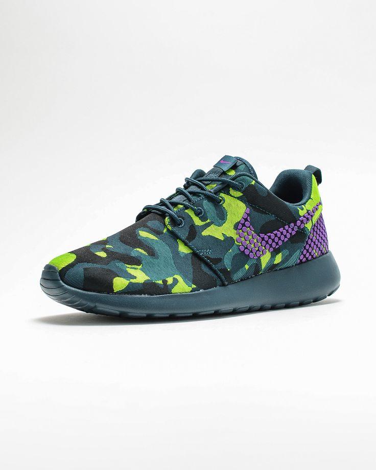 Trendy Ideas For Women s Sneakers   Nike Roshe One Premium Plus WMNS ... 3c9081b56