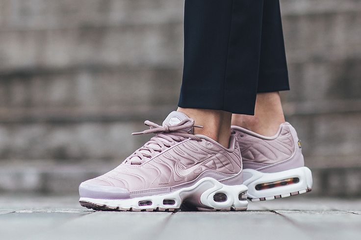 629f473c0a4376 Trendy Ideas For Women s Sneakers   The Nike WMNS Air Max Plus SE ...