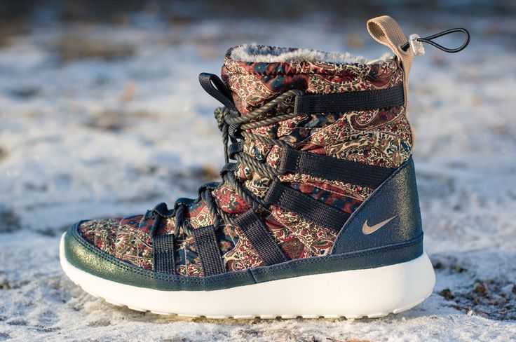 3453f787e6363 Trendy Ideas For Women s Sneakers   Liberty x Nike WMNS Roshe Run Hi ...