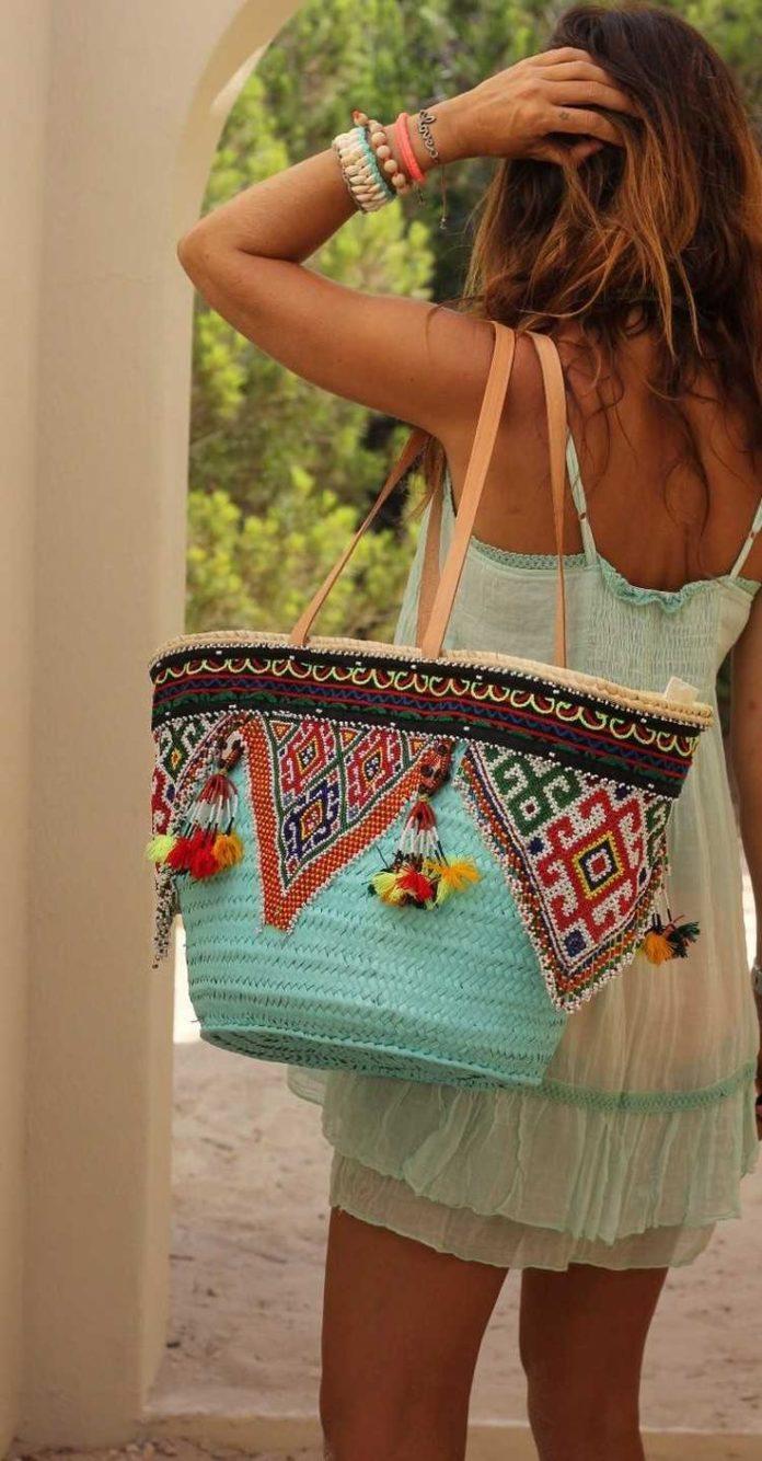 Bags Handbag Trends Sac Boh Me Chic En Bois Tress Orn De Motifs Ethniques Et Robe Courte