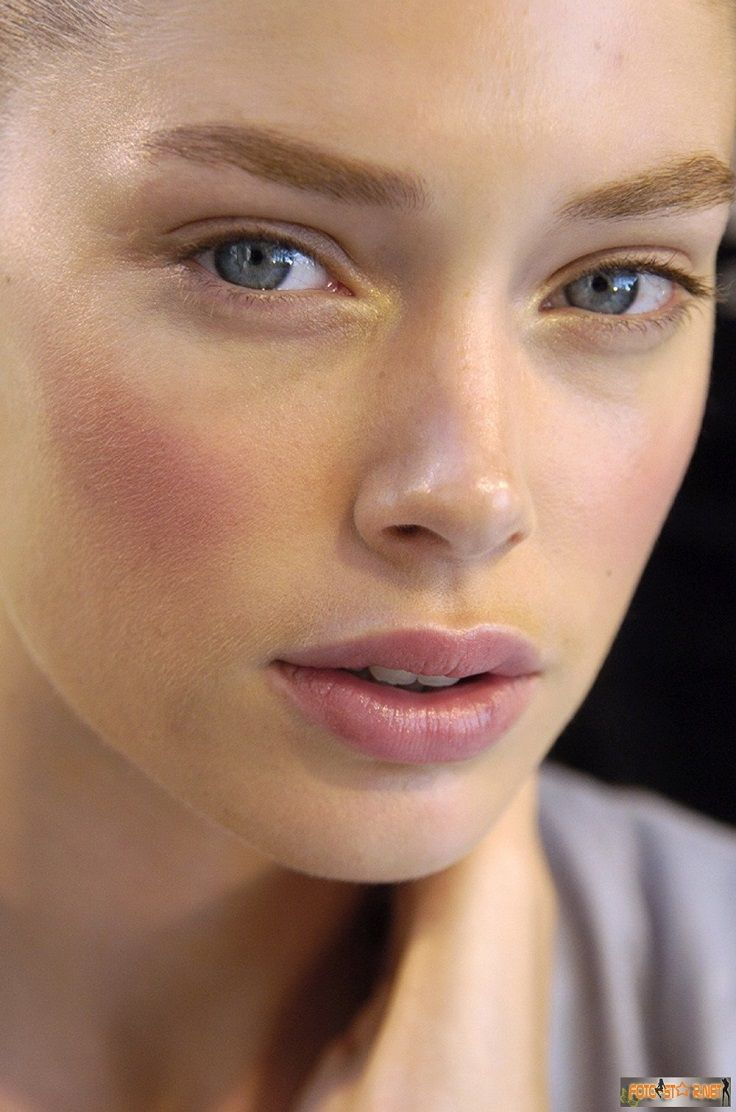 Best ideas for makeup tutorials strong pink blush try a cream picture baditri Image collections