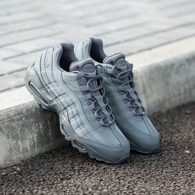 Trendy Ideas For Women s Sneakers   Nike Air Max 95 Essential  Cool ... 52348aa429
