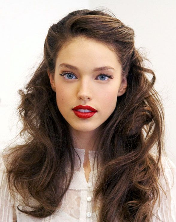 Summer Hairstyles Pin Back Waves With Gold Leaf Barrettes