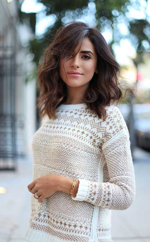 Summer Hairstyles Messy Wavy Brunette Long Bob With Side Part And