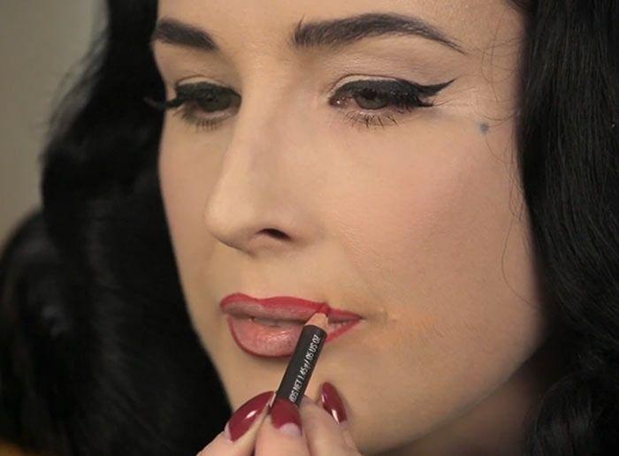 Best ideas for makeup tutorials: beleza do dia: dita von teese.