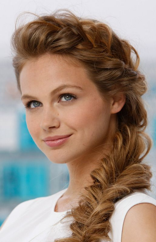 Summer Hairstyles : Love this side braid with the fancy braid down ...