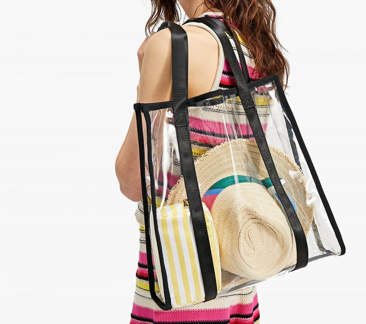 Stradivarius sac shopping transparent, à 12,99 euros.